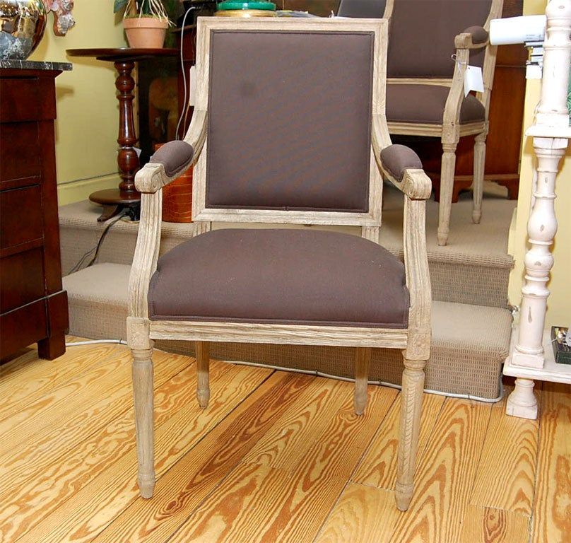 Salon Chair in Pickled Oak In Excellent Condition For Sale In Southampton, NY