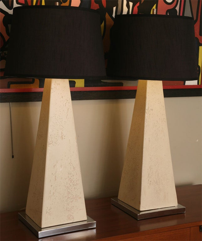American Monumental Modern Faux Stone Obelisk Table Lamps For Sale