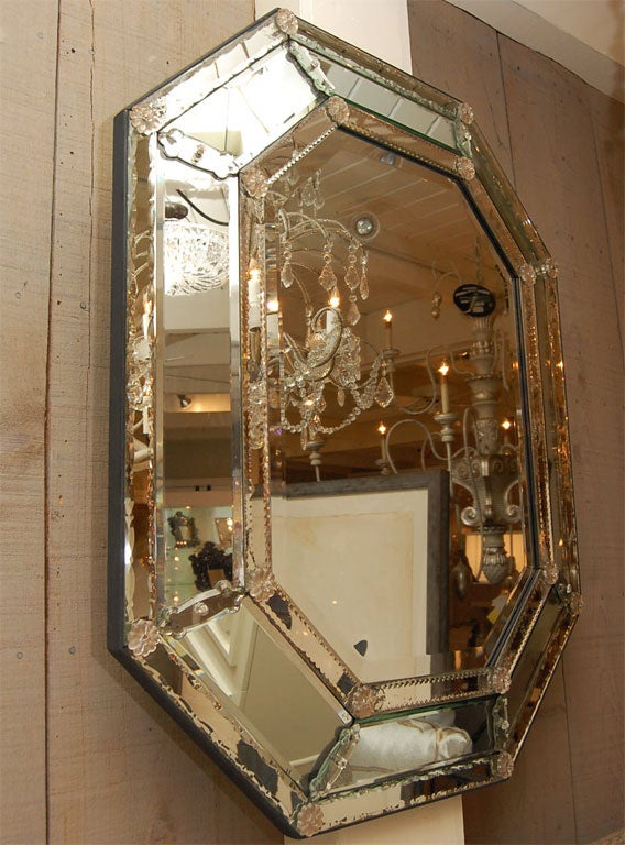 Octagonal venetian mirror with etched and beveled glass at for Octagon beveled mirror
