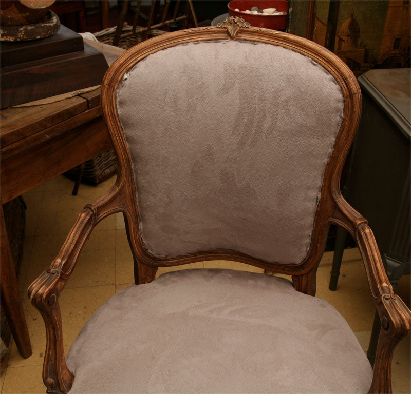 Pair of Louis XV Style fauteuil 9