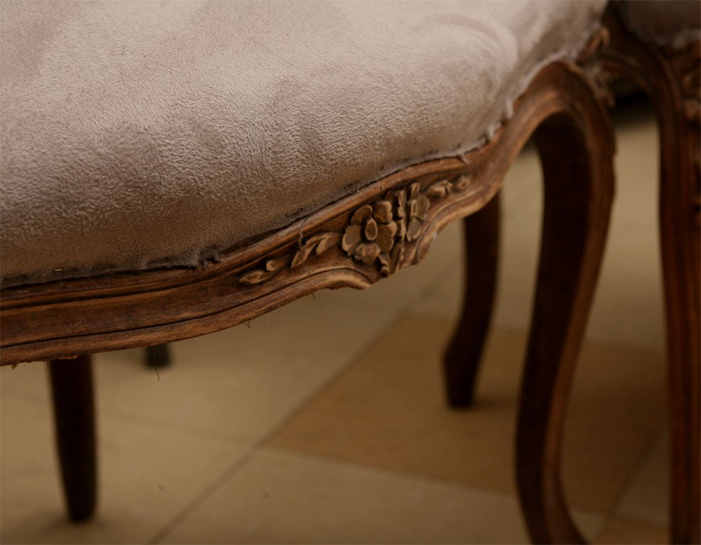 Pair of Louis XV Style fauteuil 10