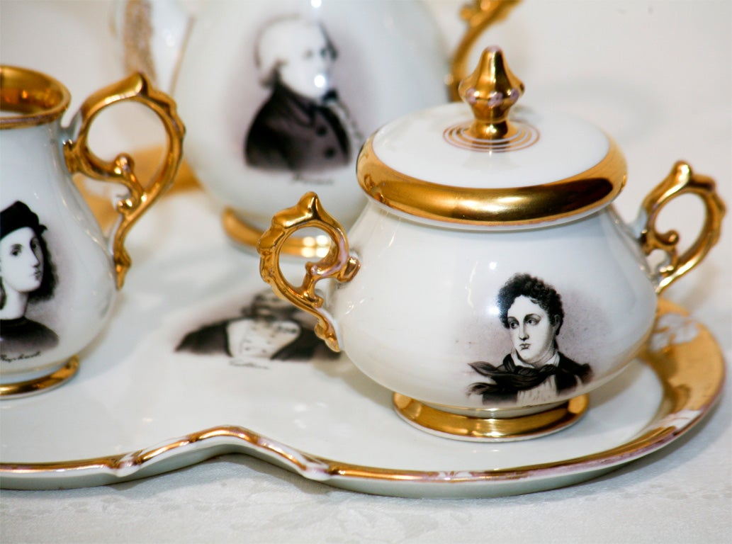 "Old Paris Hand-Painted Tea Set on Tray ""Men of Letters"" In Excellent Condition For Sale In Great Barrington, MA"