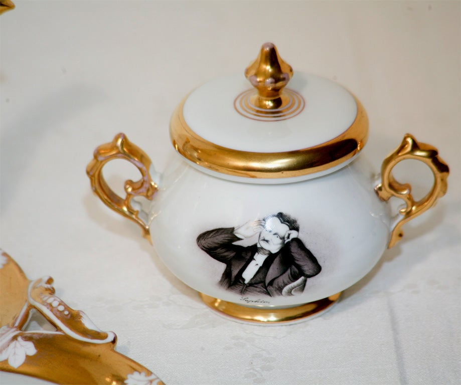 "Old Paris Hand-Painted Tea Set on Tray ""Men of Letters"" For Sale 4"