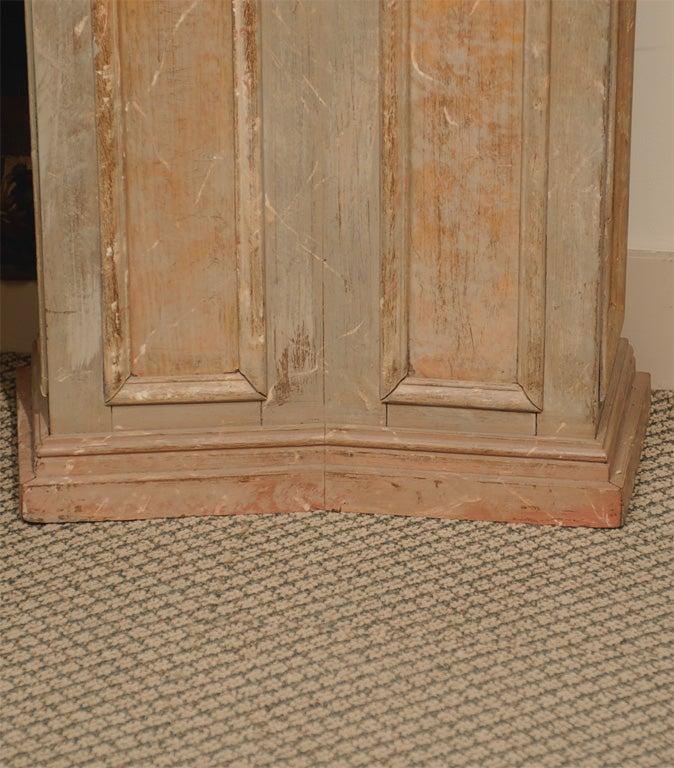 Pair of 18th Century Italian  Architectural Columns image 2