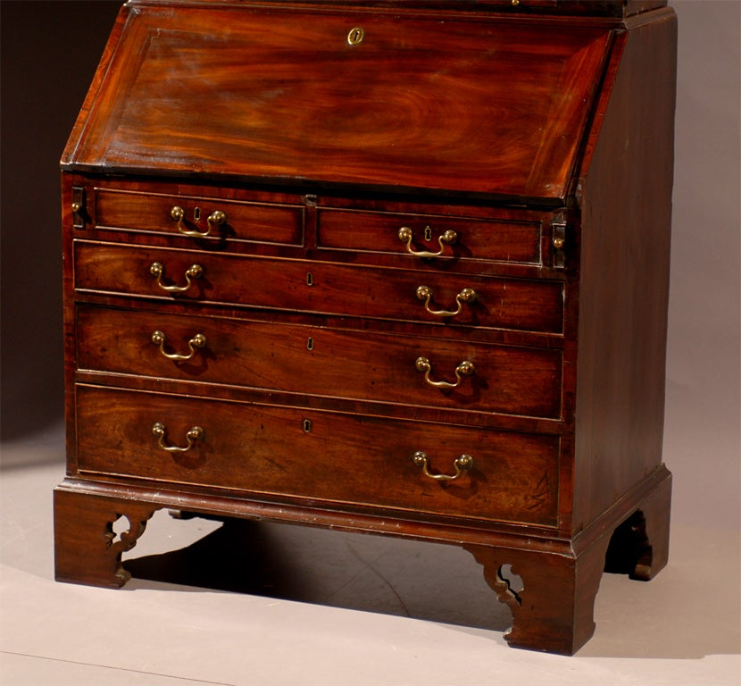 18th Century and Earlier 18th century English Bureau Bookcase in Mahogany, ca. 1760 For Sale