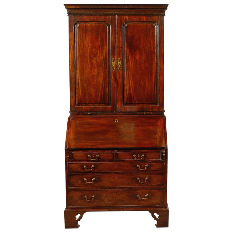 18th century English Bureau Bookcase in Mahogany, ca. 1760 For Sale