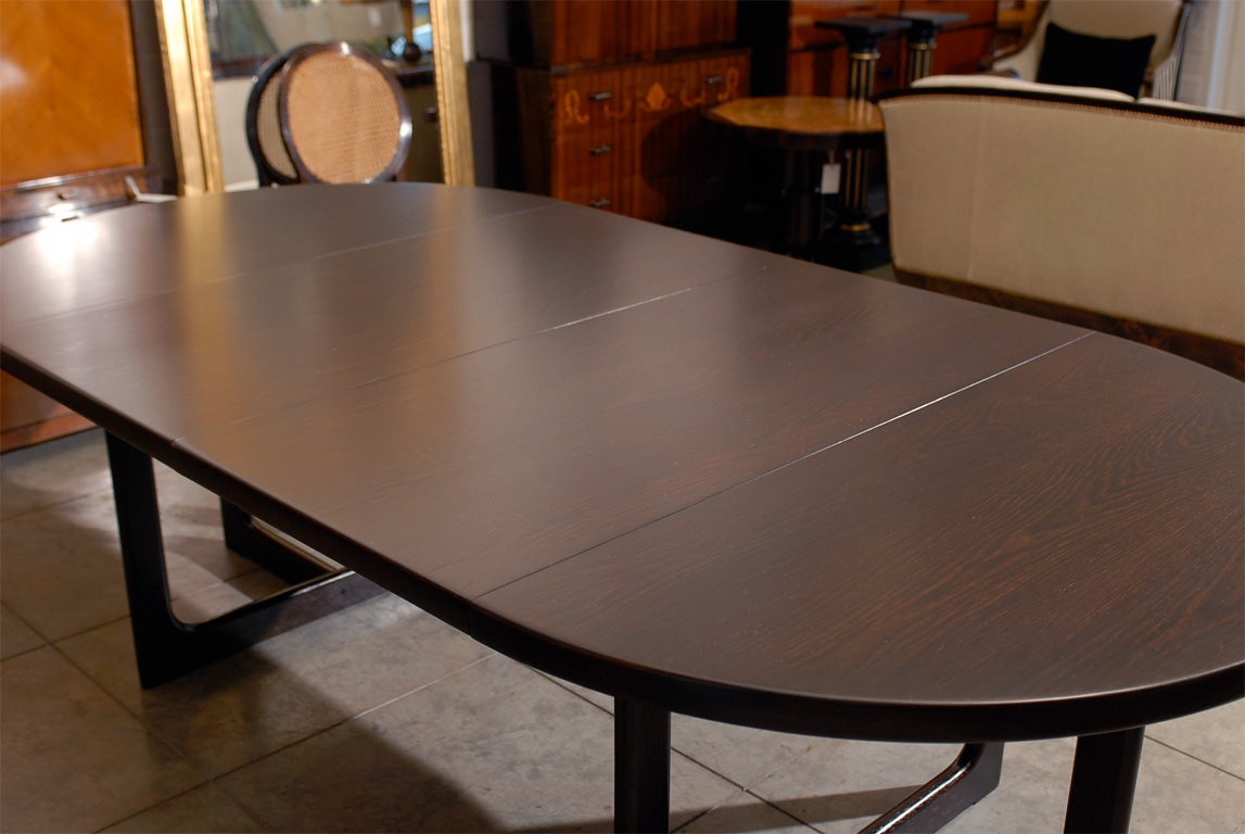 Swedish Mid Century Modern Round Extension Dining Table at  : abp295024 from www.1stdibs.com size 1147 x 768 jpeg 96kB