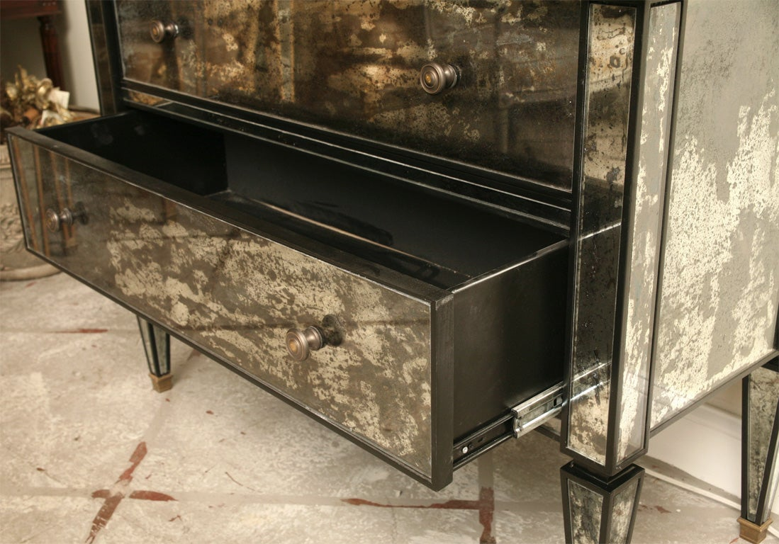 Mirrored two drawer Hutch with Black Lacquer image 4