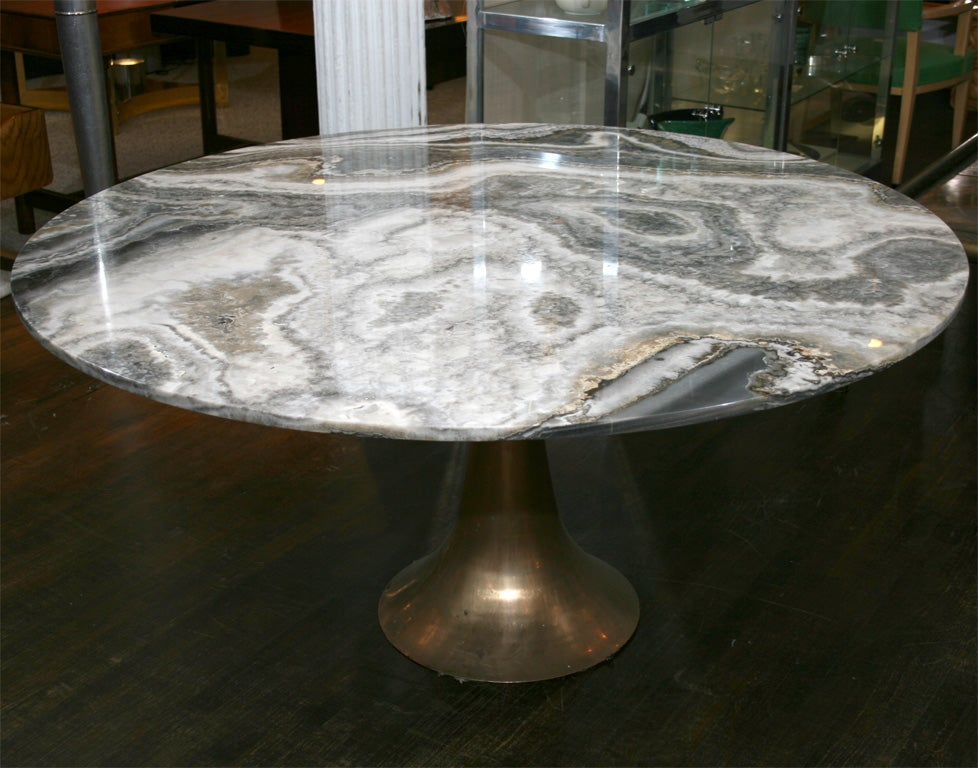 Large and Rare Dining Table by Angelo Mangiarotti for Bernini 3