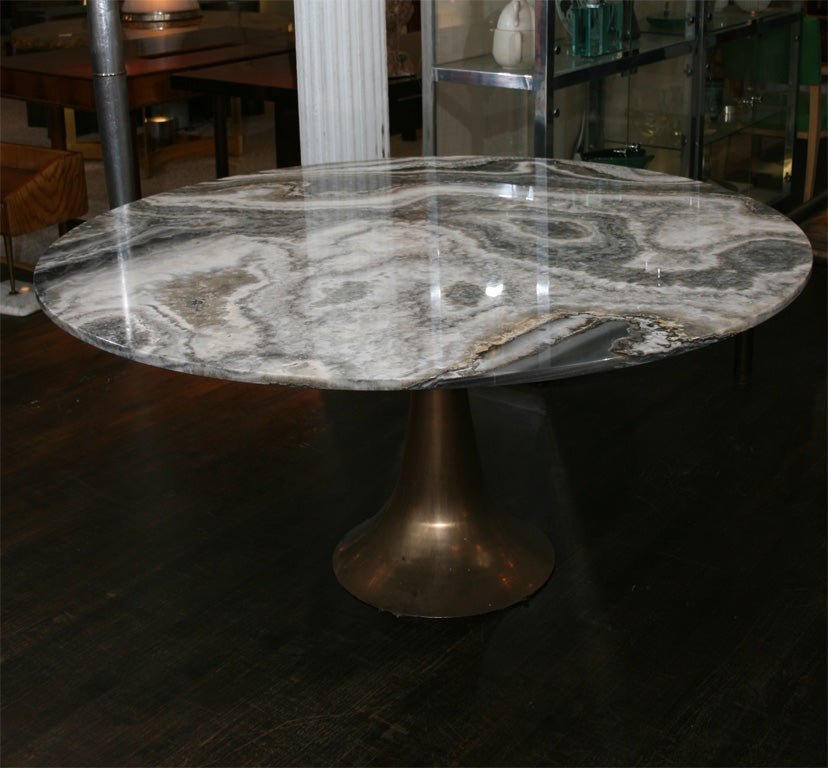 Large and Rare Dining Table by Angelo Mangiarotti for Bernini 4