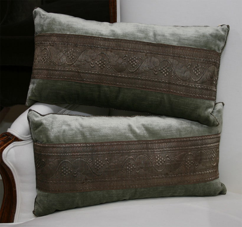 Decorative Pillow Trim : DECORATIVE PILLOWS WITH ANTIQUE TRIM at 1stdibs