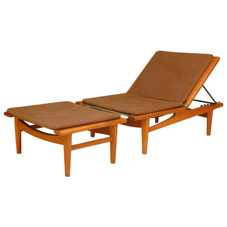 rare hans wegner teak chaise at 1stdibs. Black Bedroom Furniture Sets. Home Design Ideas