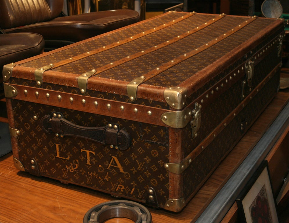 Louis Vuitton Steamer Trunk For Sale at 1stdibs