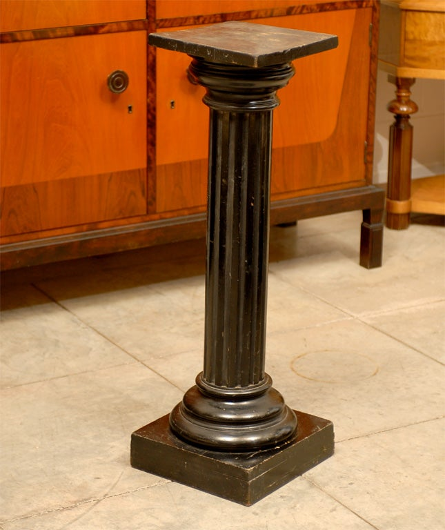 Antique swedish neoclassical late empire fluted pedestal for Fluted pedestal base