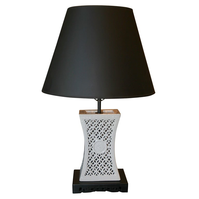 chinese white porcelain lamp with black painted wood base at 1stdibs. Black Bedroom Furniture Sets. Home Design Ideas