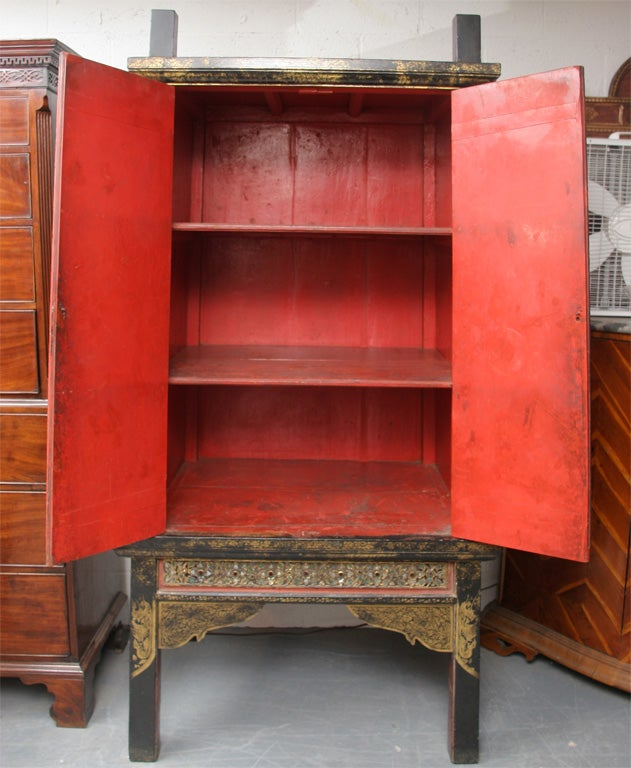 Black and gold 18th century lacquer cabinet at 1stdibs for Chinese furniture norwalk ct