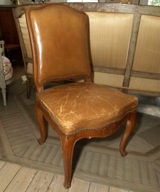 Set of Six Louis XV Style Dining Chairs For Sale 3