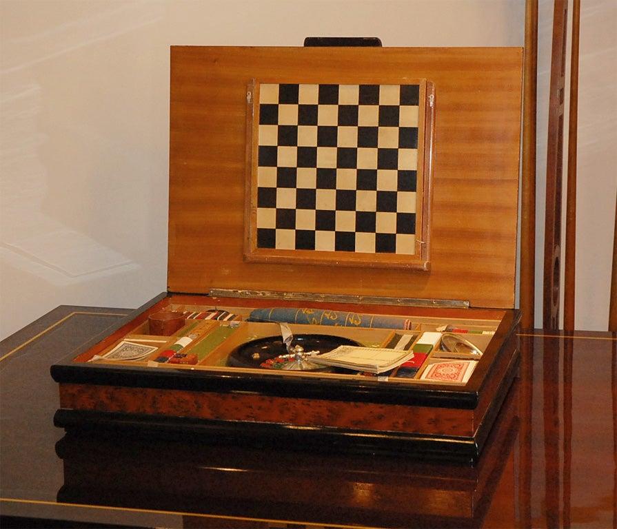 Italian Burl Game Box with original pieces 2