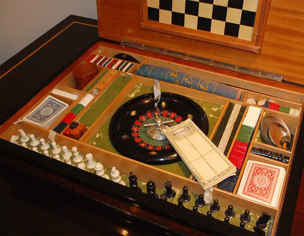 Italian Burl Game Box with original pieces 3