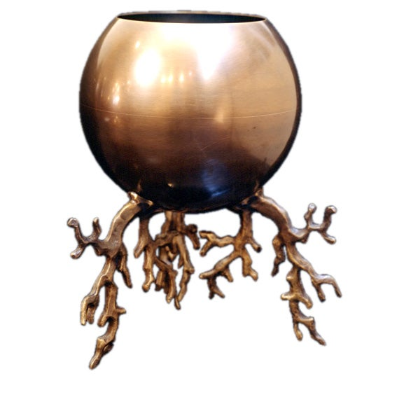 contemporary bronze planter by herv van der straeten at 1stdibs. Black Bedroom Furniture Sets. Home Design Ideas