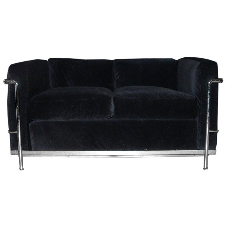 Le Corbusier Loveseat At 1stdibs