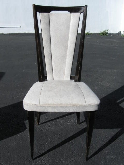 Set of 6 vintage French Dining Chairs In Good Condition For Sale In Long Island City, NY