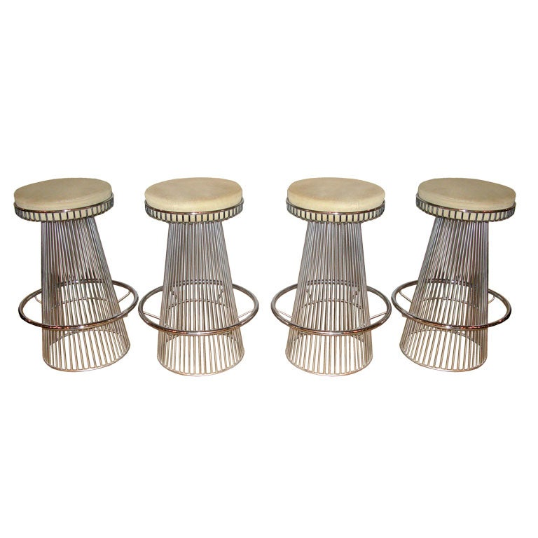 Set Of 4 Bar Stools In Polished Chrome At 1stdibs