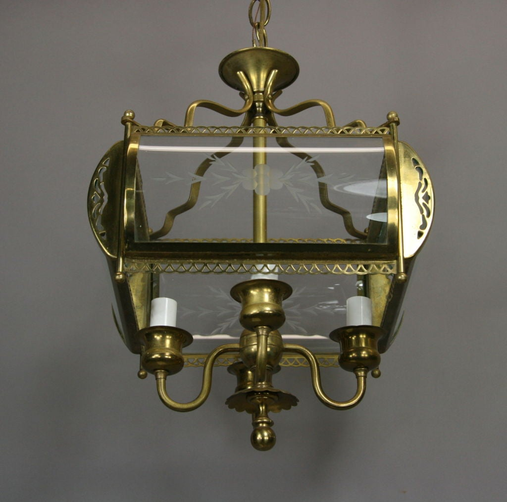 Four-Light Etched Bent Glass Brass Lantern In Good Condition For Sale In Douglas Manor, NY