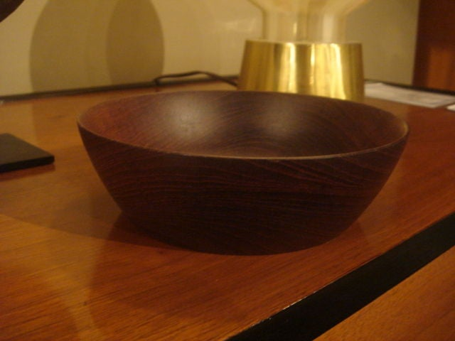 Vintage Siam Teak wood bowl handmade by Bob Stocksdale.  USA, circa 1970.  Signed by artist.  An exceptional example of the late Stocksdale's handmade bowls.