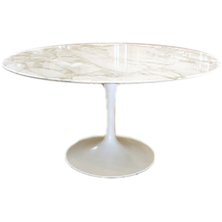knoll saarinen white dining table with 54 inch round marble top at 1stdibs. Black Bedroom Furniture Sets. Home Design Ideas