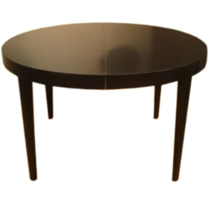 42 inch round walnut dining table by edward wormley for dunbar at 1stdibs. Black Bedroom Furniture Sets. Home Design Ideas