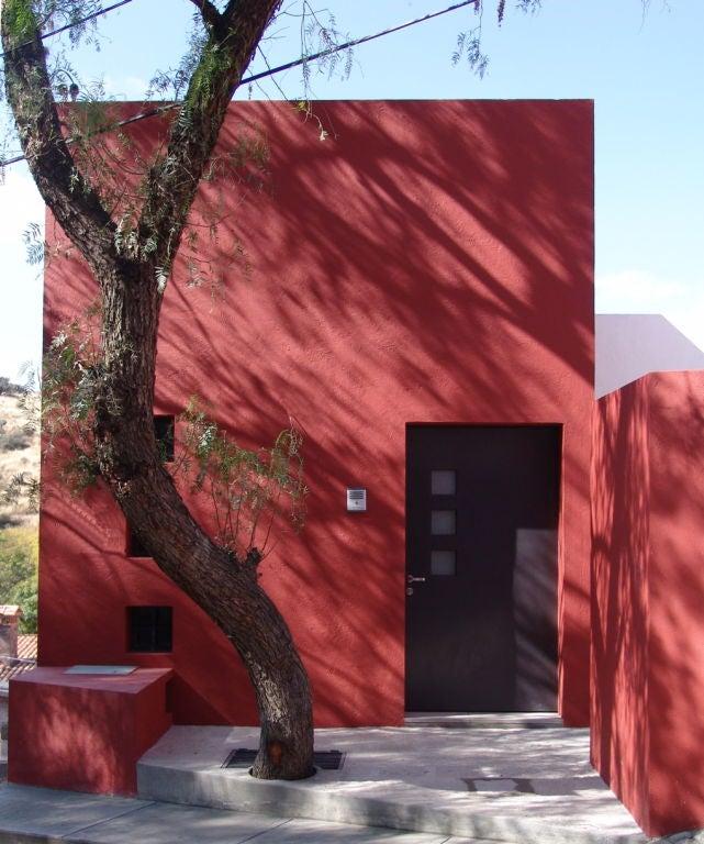 Spectacular Modernist Home in San Miguel de Allende image 3