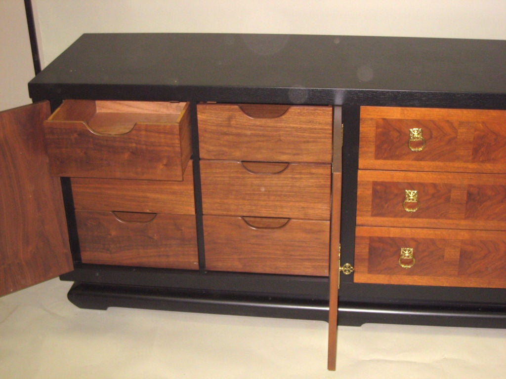Italian Mid-Century Modern Dresser, Chest of Drawers or Credenza 4
