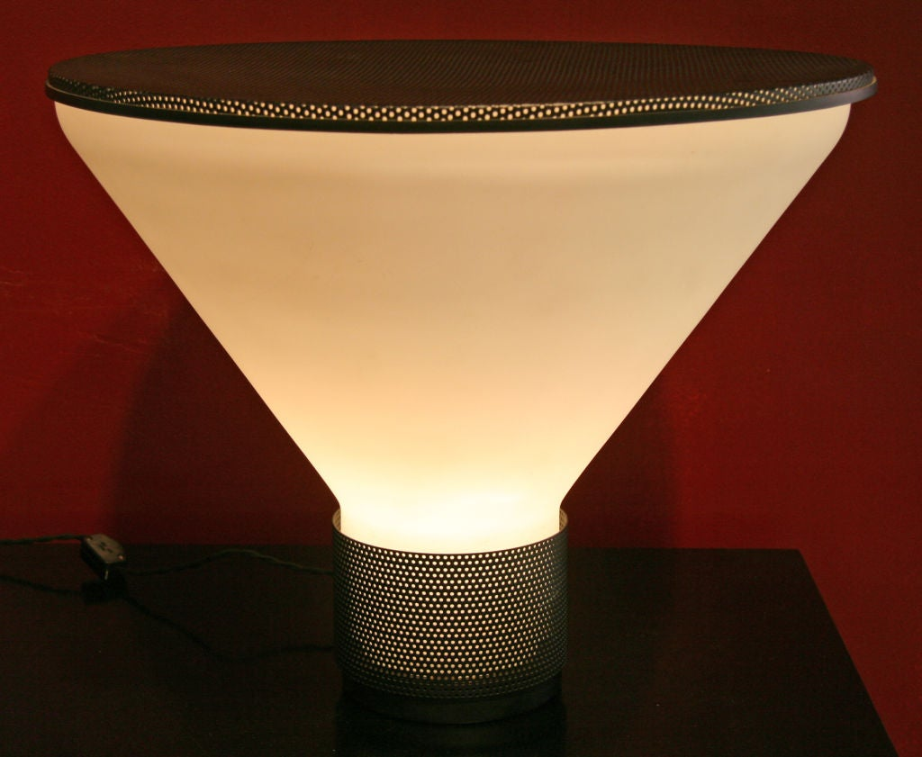 Glass Fontana Arte Table Lamp Designed by Gregotti Associati For Sale