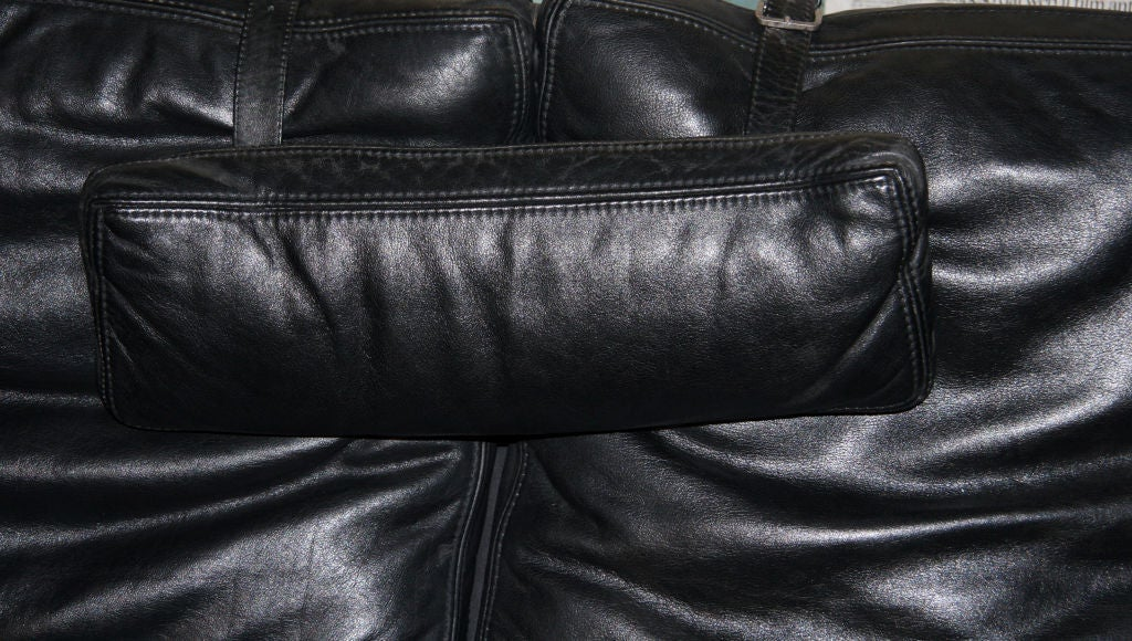 """Vittorio Mazzucconi """"Positiv"""" Plexi and Leather Sofa For Sale 1"""