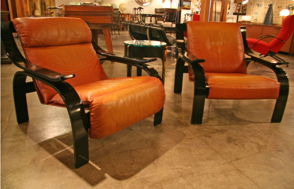 Pair of Marco Zanuso armchairs in leather for Arflex, sleek, chic and Italian!