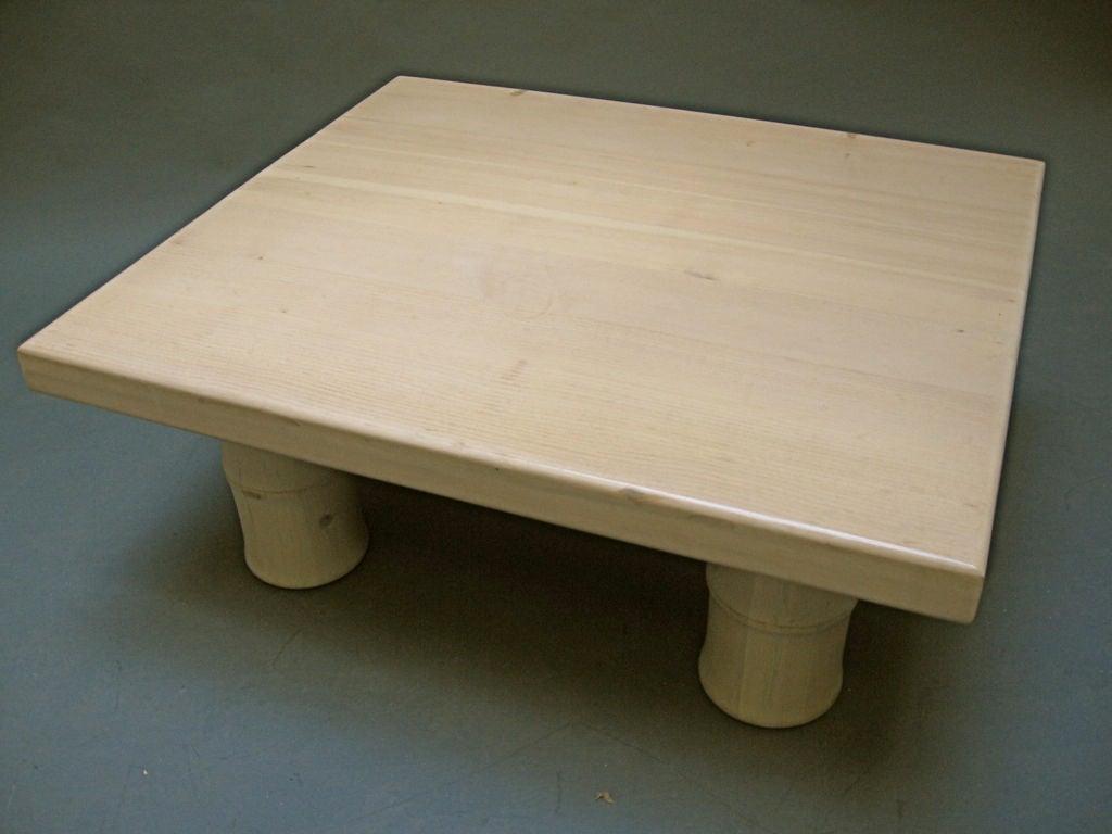 White Wash Coffee Table Img 0454 Jpg White Washed Coffee Table At 1stdibs Luc Coastal White