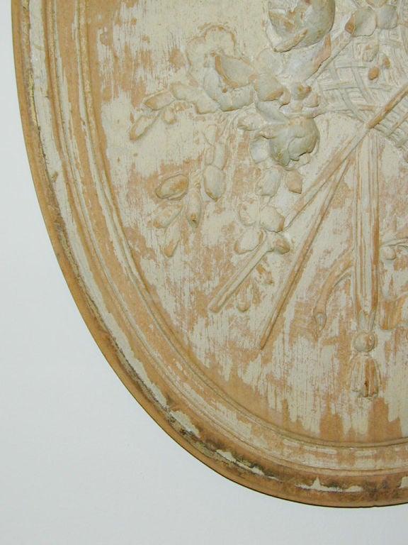 18th century Boiserie Roundel For Sale 1