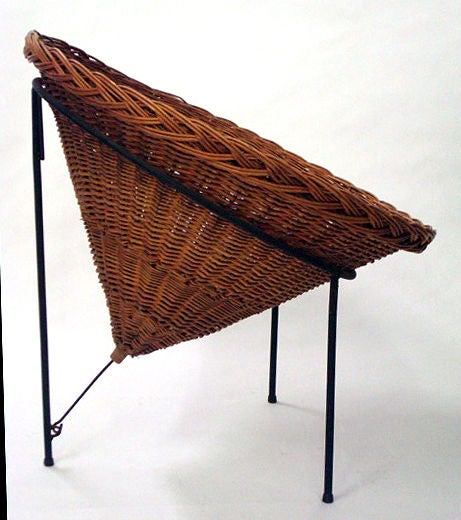 Blackened Sunflower Woven Wicker Cone Basket Lounge Chair by Roberto Mango for Tecno For Sale