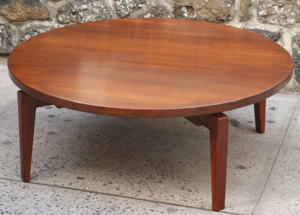 Round Low Revolving Walnut Cocktail Table By Jens Risom At 1stdibs