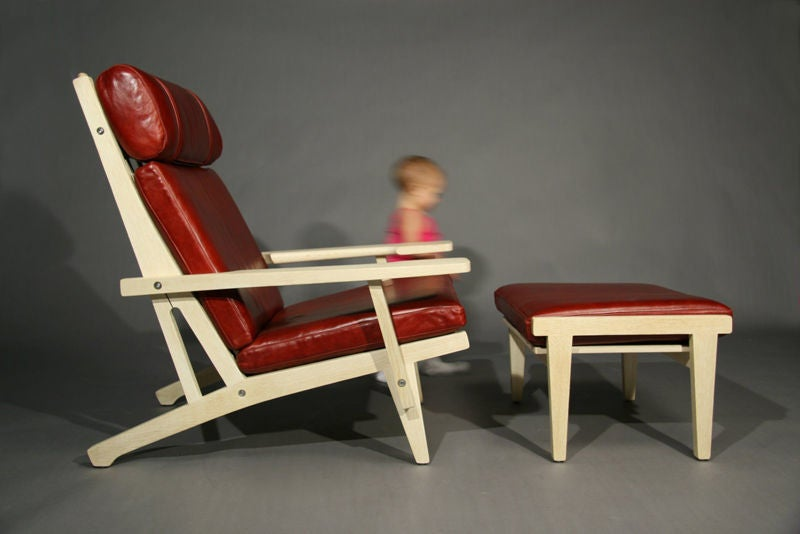 Ge 375 Red Leather And Oak Paddle Arm Lounge Chair And