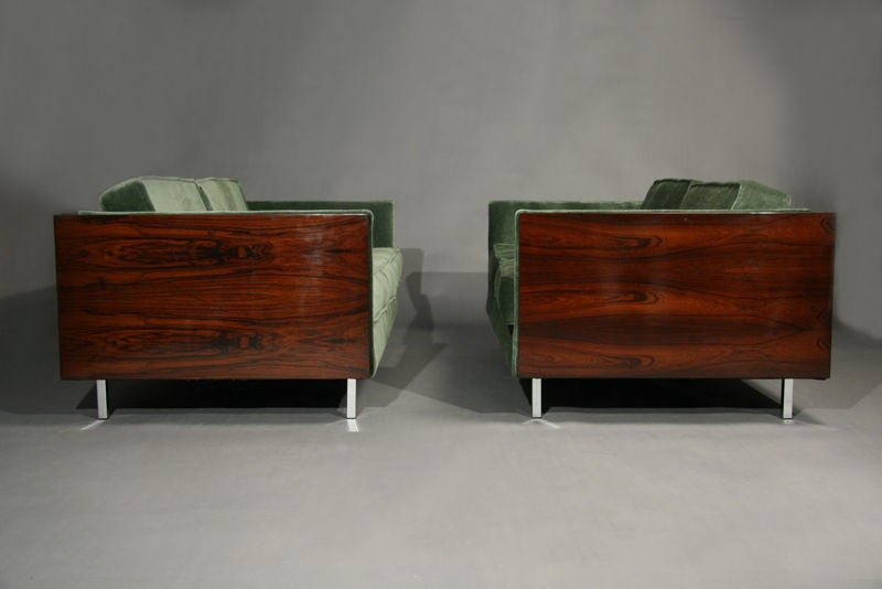Rosewood and Green Mohair Case Settee by Milo Baughman image 5