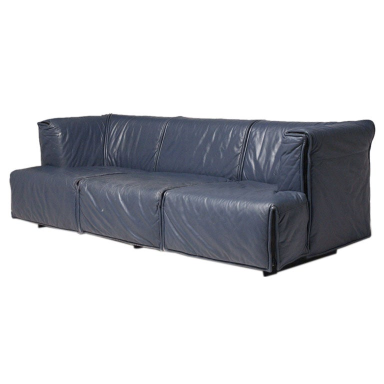 Blue Leather Sofas Classic Navy Blue Leather Sofa At 1stdibs Martello Blue Leather Sofa