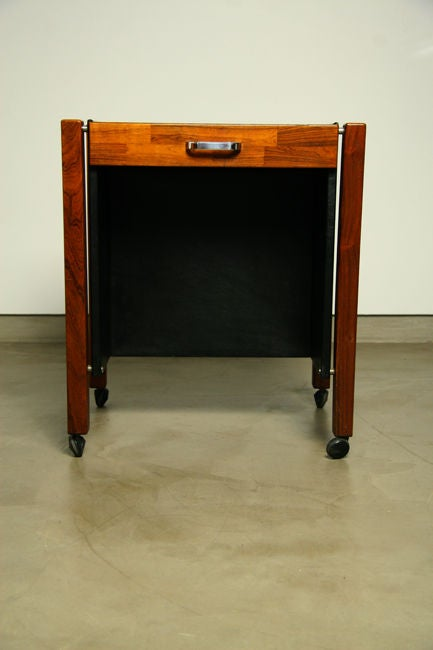 Brazilian Single Rolling Side Table in Rosewood by Jorge Zalszupin for L'Atelier For Sale