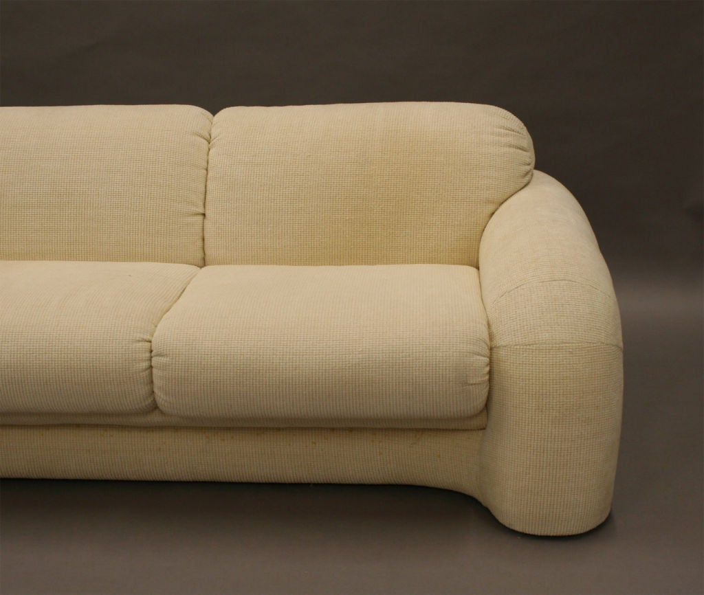 Pair Of Sofas American At 1stdibs