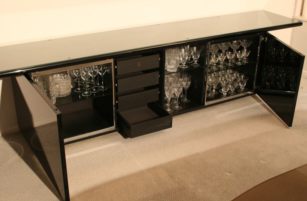 roche bobois black lacquer buffet at 1stdibs. Black Bedroom Furniture Sets. Home Design Ideas