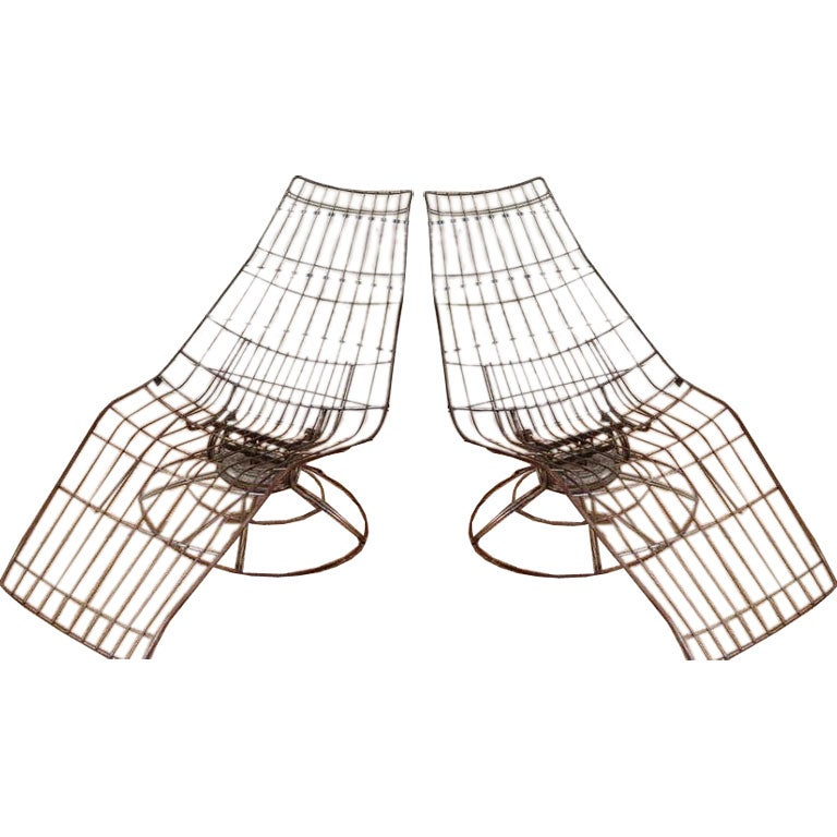 A wire frame chaise lounges at 1stdibs for Chaise longue frame