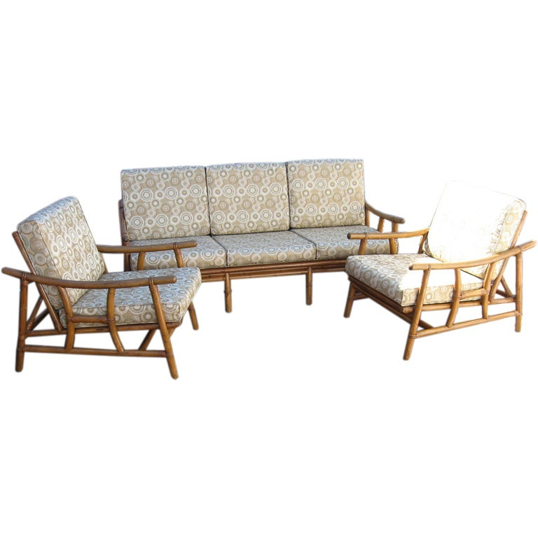 Mid century modern rattan sofa and chair group at 1stdibs for Rattan living room furniture