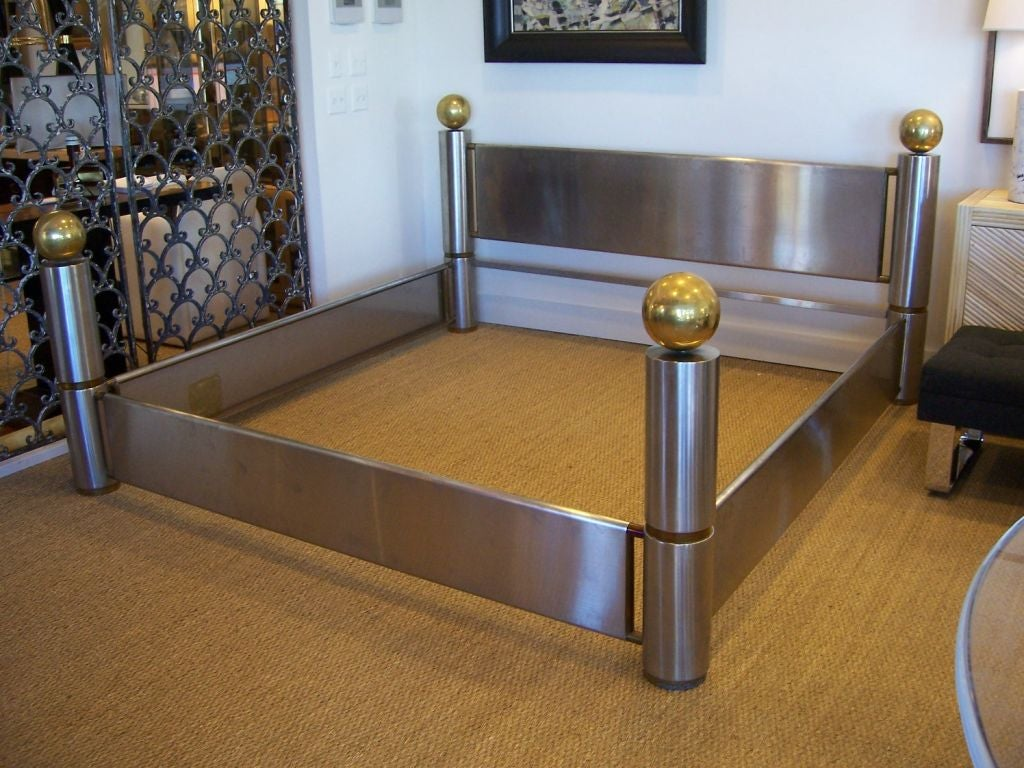 amazing stainless steel and brass king bed frame for sale at 1stdibs. Black Bedroom Furniture Sets. Home Design Ideas