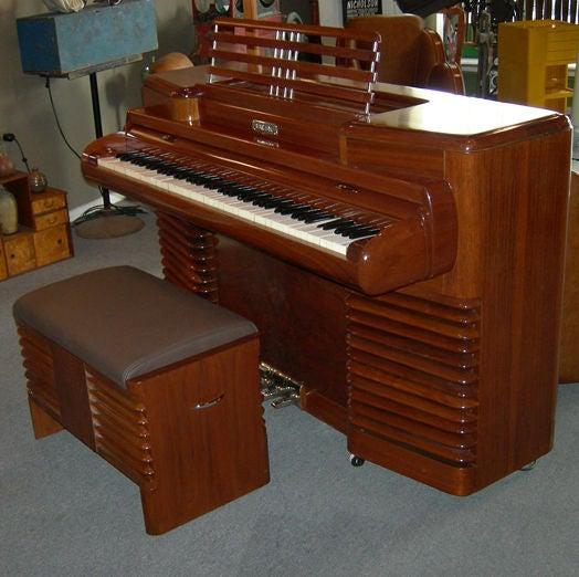 Art Deco RCA 1939 Electric Piano by John Vassos For Sale 4